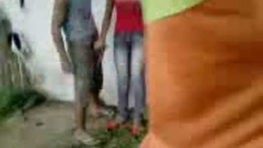 Desi college students outdoor fun MMS