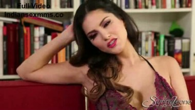 Angelic Sunny Leone In Erotic Baby-doll Hot Video