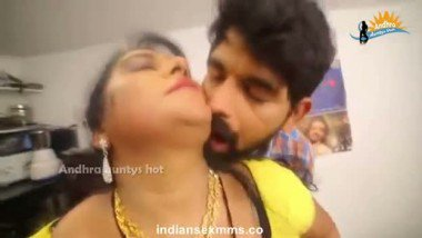 Indian masala movie clip of sexy chubby maid romance with owner