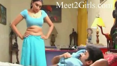 Mallu Sister Undress In Front Of Him