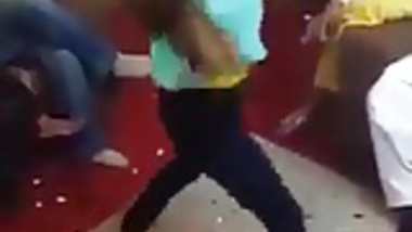 teen dance mujra