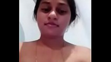 Selfie masturbation video of a hot bhabhi