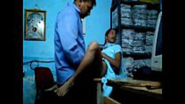 Erotic Indian office sex of a young girl