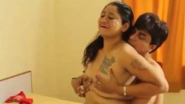 Horny Devar Romancing With Hot Bhabhi After Helping