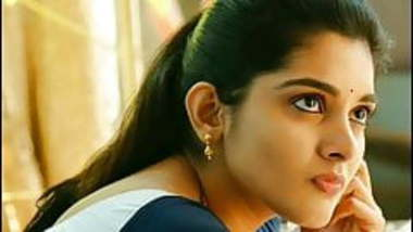Niveda Thomas cum tribute