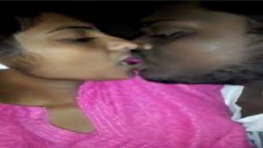Hot tamil girl sexy blowjob to cousin