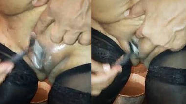 Desi rashmi bhabhi pussy shaving by self