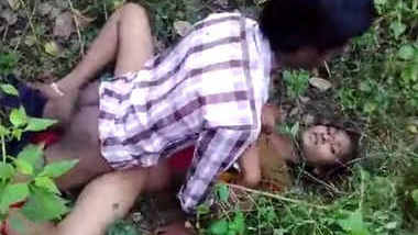 South Indian Andhra girlfrind fucking with her frinds in jungle with telugu audio
