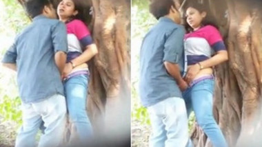 Desi beautiful lovers Quikie in park