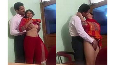 Desi Girl Office Sex with her partne