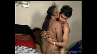 Horny Tamil aunty having sex with young men